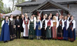 Ensemble 96 i Brakadokka