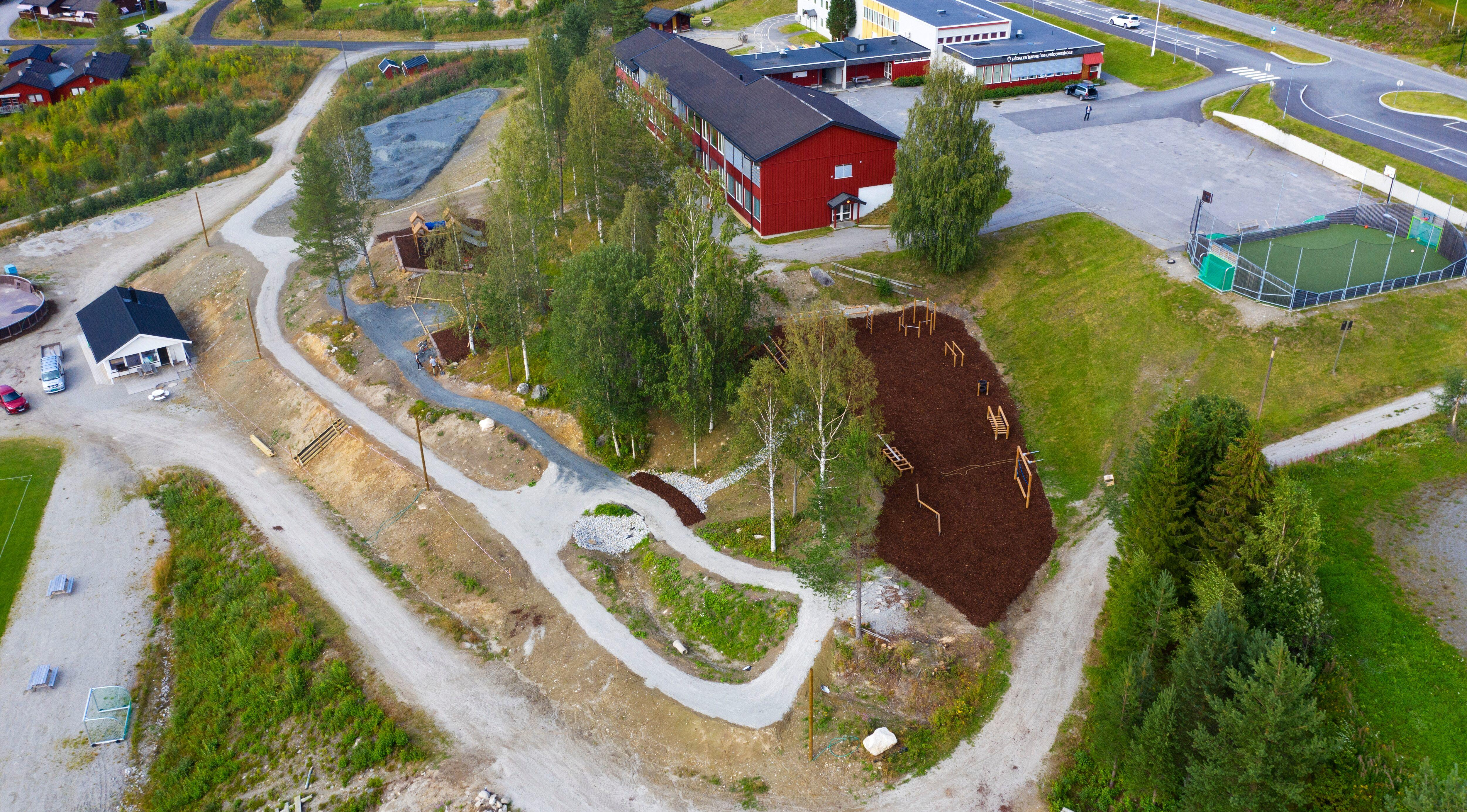 Aktivitetsparken ved Hedalen barne- og ungdomsskole