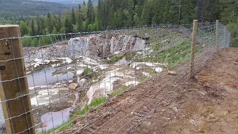 HT-gjerde ved steinbrudd i Hedalen