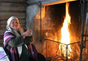 Rigmor på lysfest i Liesstuggua