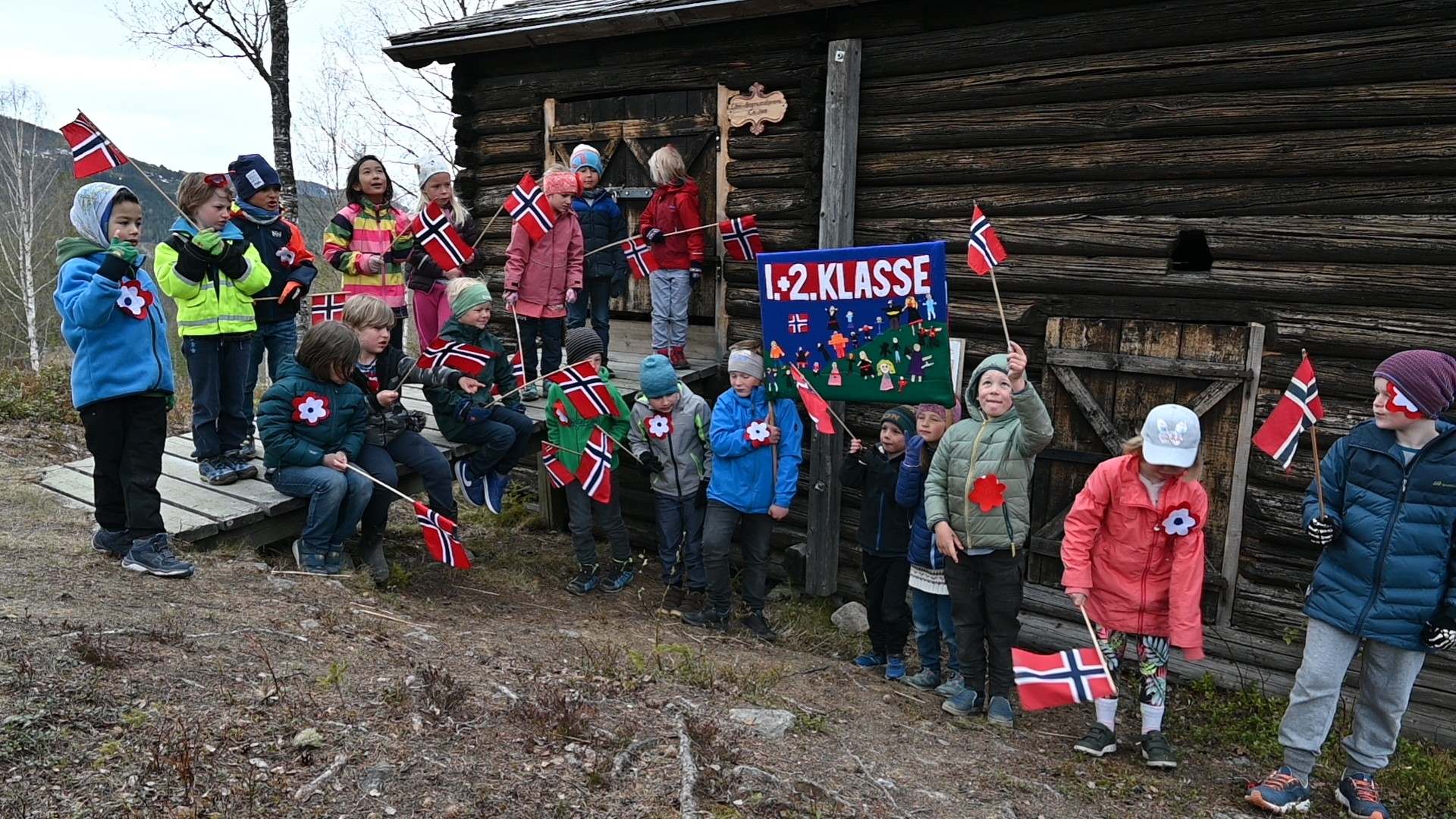 1. og 2. klasse på Bautahaugen. Foto: Arne G. Perlestenbakken