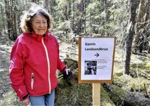 Oddrun på samme sted, 76 år seinere. Foto: Sigrid Haugen
