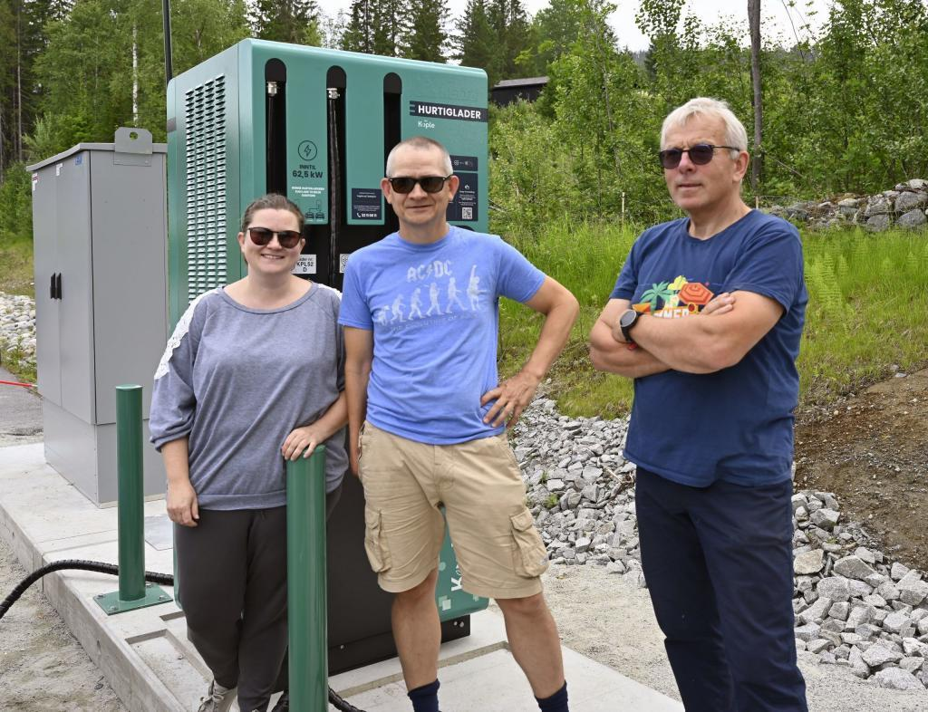 Nina Bergli, Arve Flaten og Tor Ingar Nordby. Foto: Arne G. Perlestenbakken