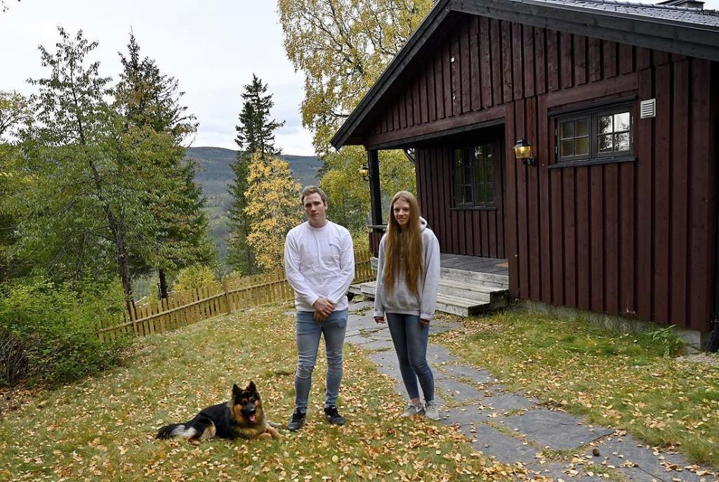 Martin og Siri traff hverandre da de gikk på folkehøgskole i Hurdal i 2014. Foto: Arne G. Perlestenbakken