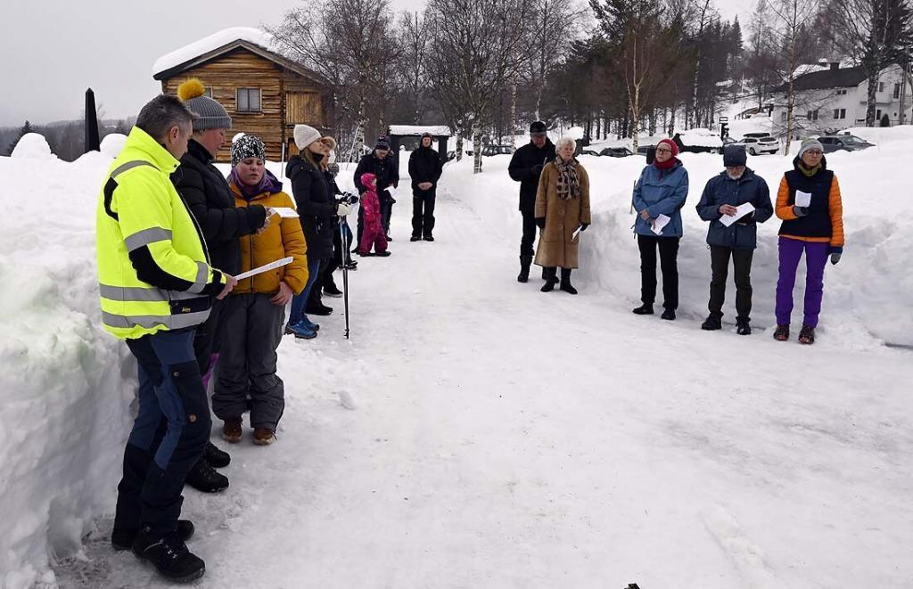 Gudstjenestedeltakere. Foto: Arne G. Perlestenbakken