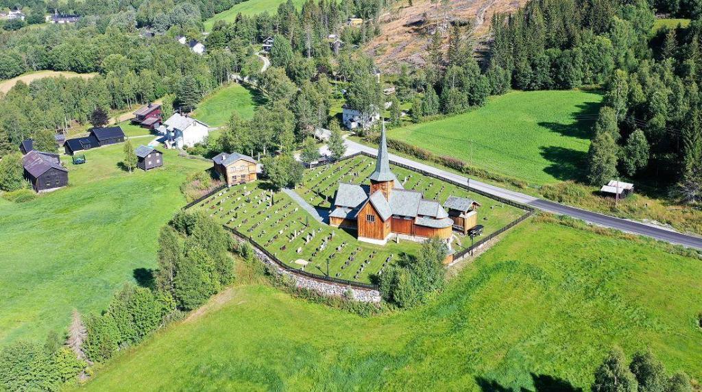 Hedalen stavkirke. Foto: Helge Nordby