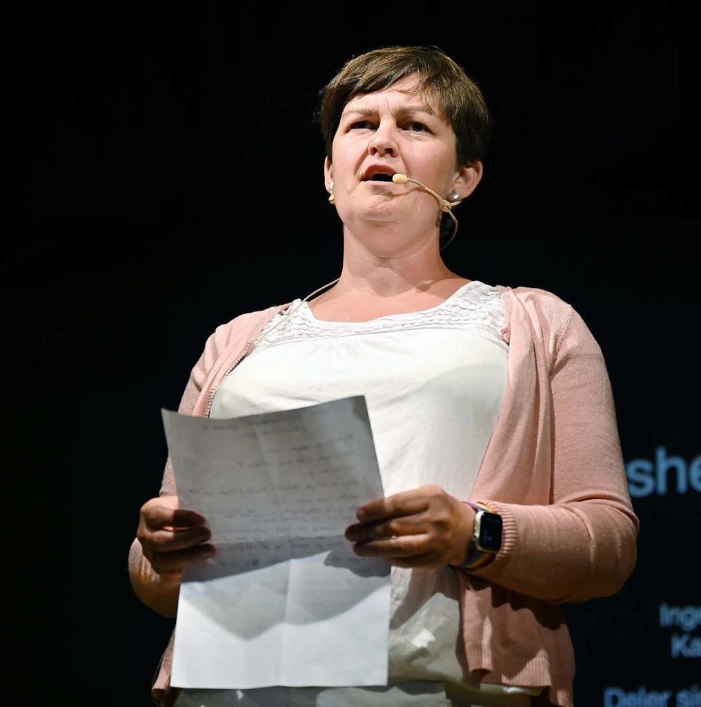 Ordfører Marit Hougsrud åpnet festivalen. Foto: Arne G. Perlestenbakken