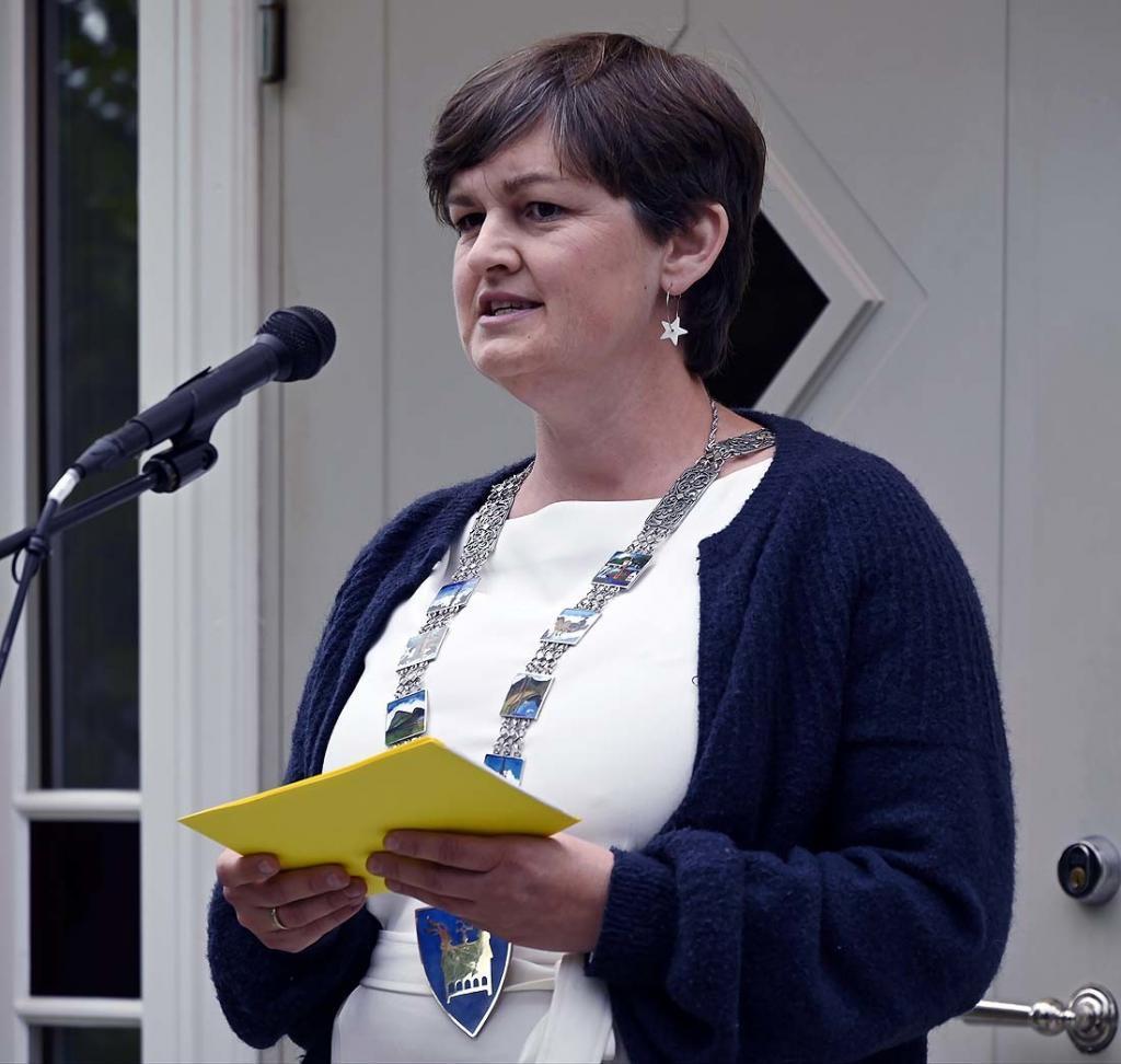 Ordfører Marit Hougsrud hilser fra Sør-Aurdal kommune