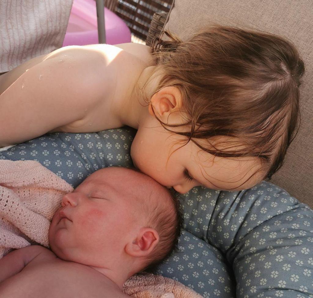 Iben og søster